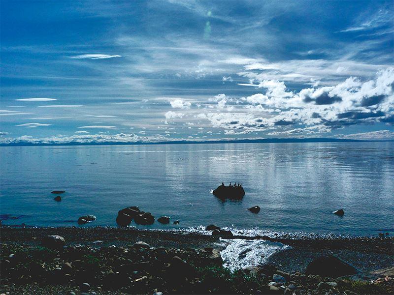 Lago que encanta os turistas na Patagônia Chilena, um dos melhores lugares para viajar em dezembro