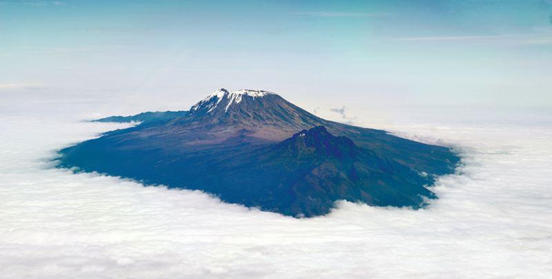 Monte Kilimanjaro, visão aérea do Quênia