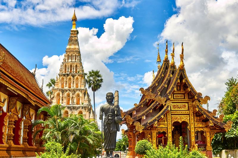 Viajando para a extraordinária Tailândia, e conhecendo seus templos budistas
