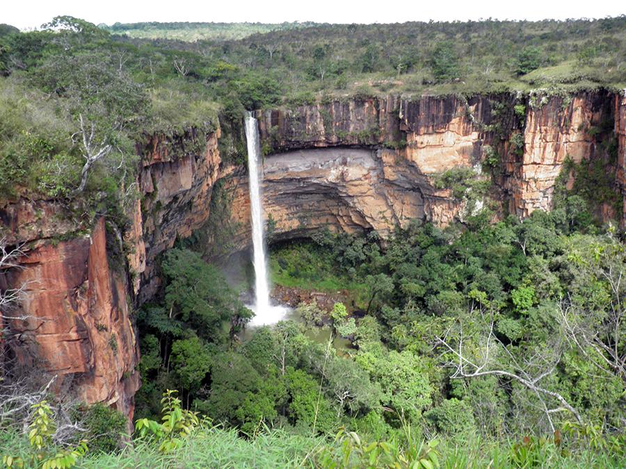 1-cachoeira-veu-de-noiva