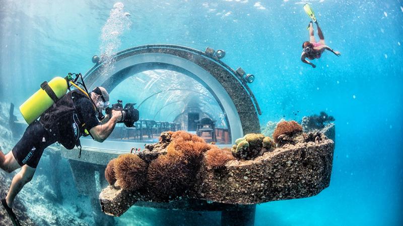5.8 Undersea - Restaurante Subaquático em Maldivas