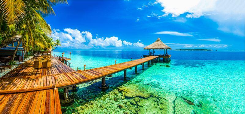 Praia Vaahoo, nas Ilhas Maldivas, uma das 10 praias mais curiosas