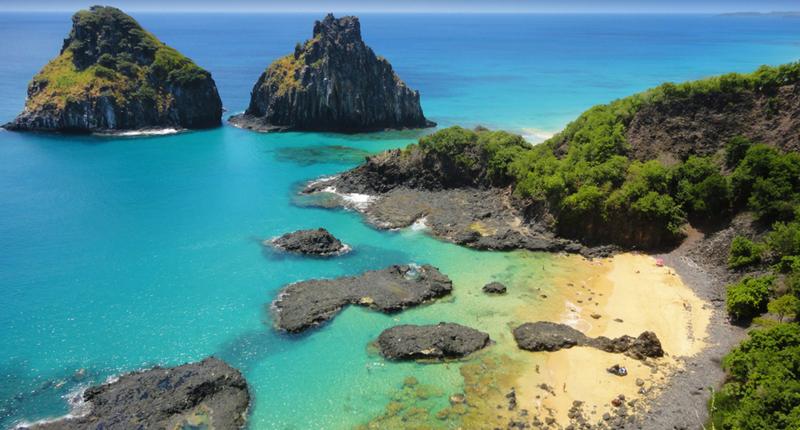 Baía do Sancho, a melhor praia em Fernando de Noronha em Pernambuco