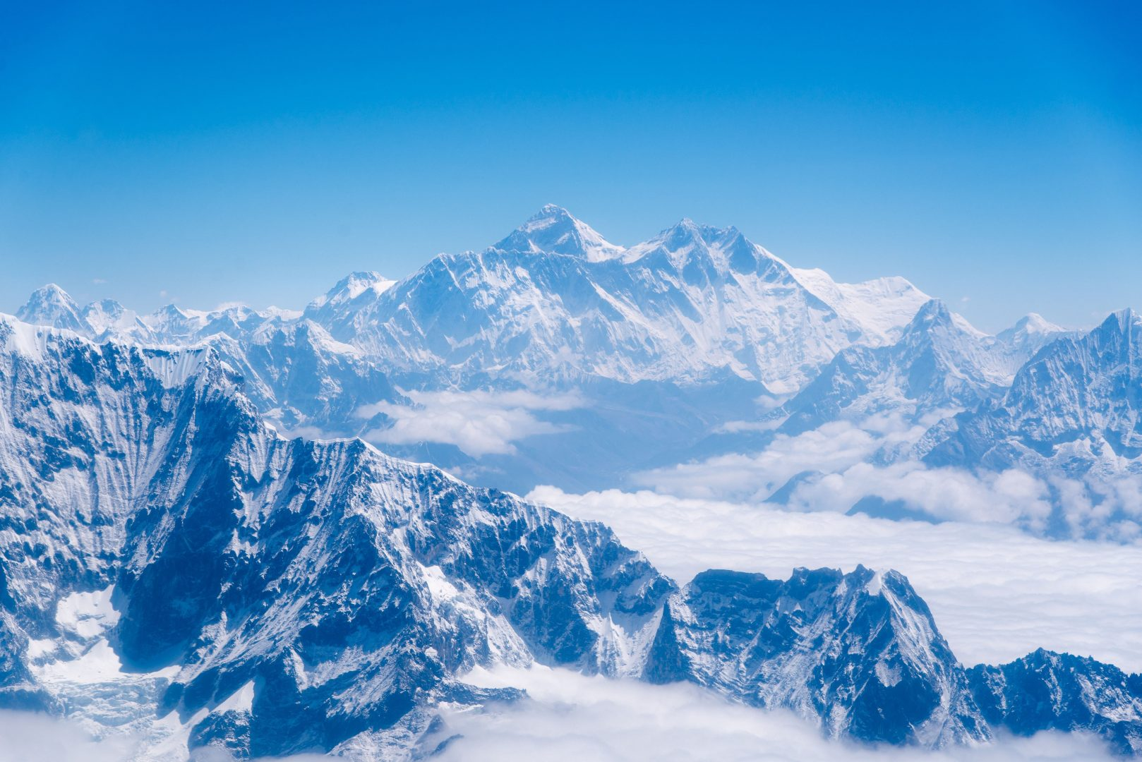 everest-unsplash-3-min