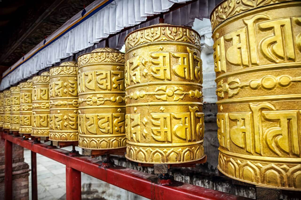 prayer-wheels-nepal-creditos-terra-ignota