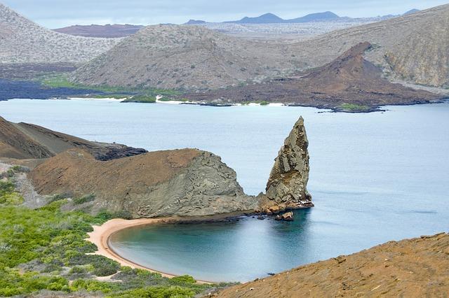 galapagos-islands-2419239_640