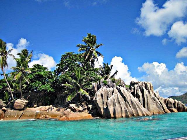 seychelles-215253_640