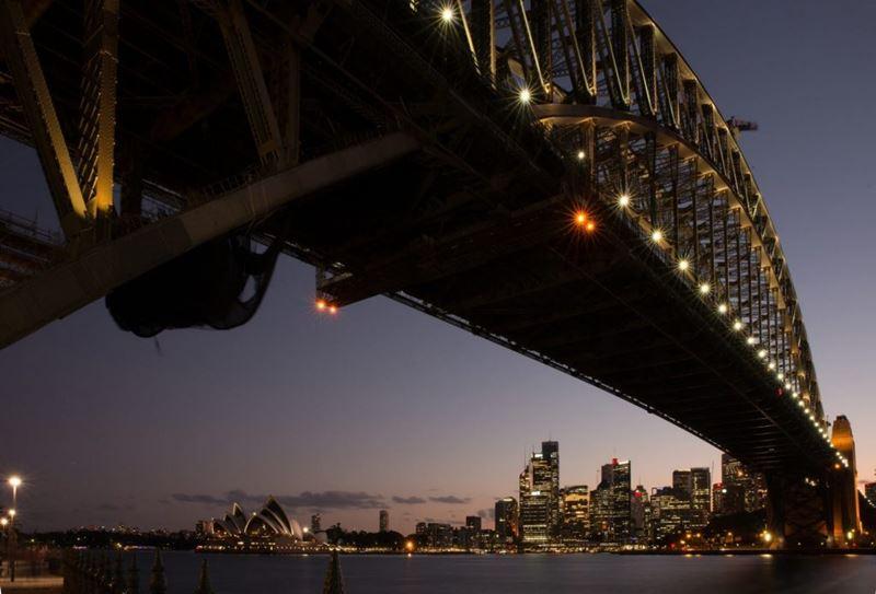 É proibido trocar lâmpadas na Austrália, conhecendo e aprendendo as leis do mundo