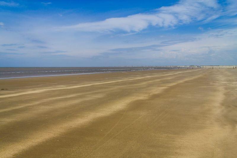 A praia mais extensa, uma das 5 grandezas naturais ao redor do mundo