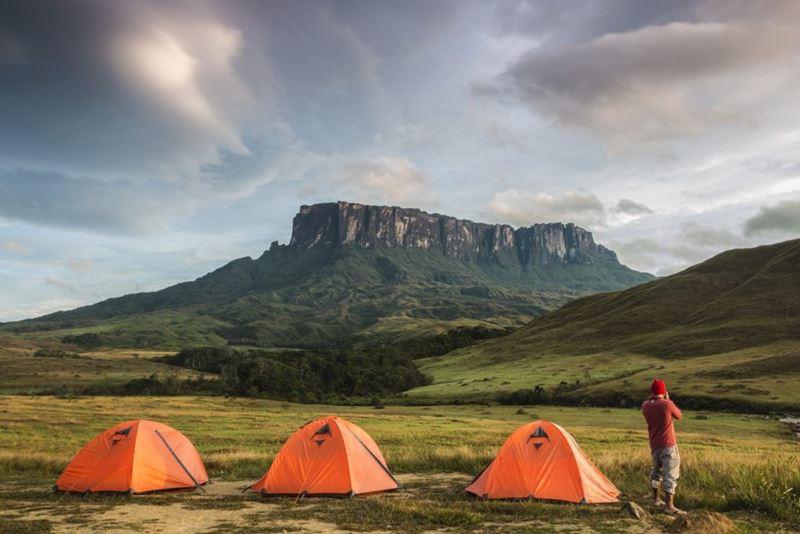 Monte Roraima, formações rochosas e expedições