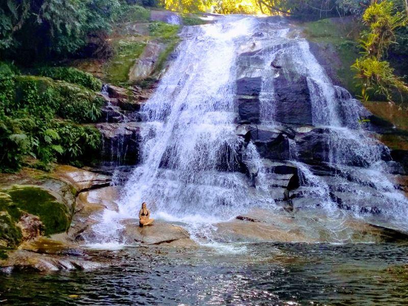 Cachoeira do Trombador, um dos destinos próximos a São Paulo para curtir o isolamento