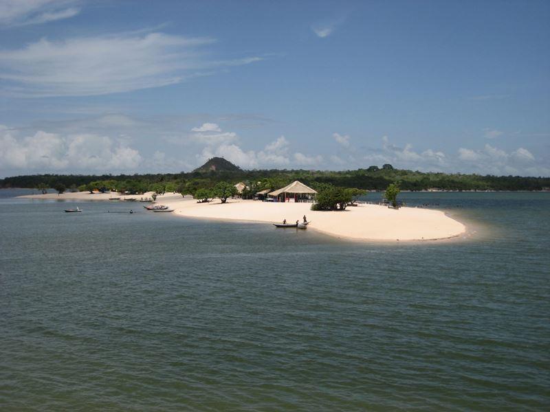 Praia Brava do Camburi uma das 8 praias secretas do Brasil