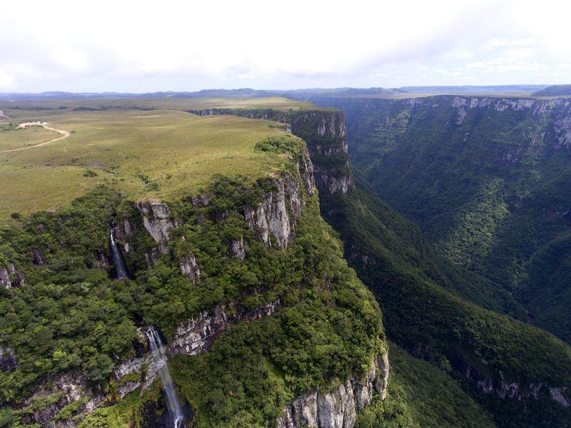 Aparados da Serra em Santa Catarina e Rio Grande do Sul, um dos lugares para viajar no feriado de 12 de outubro